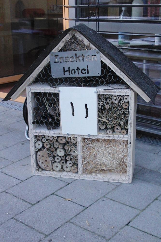 Insekten Hotel.... (1/6)