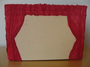 Die Bühne, gleichzeitig der Deckel